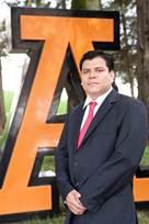 Descripción: \\172.19.25.38\Repositorio de fotos\Ingeniería\2012\120914 Sesión de fotos al Dr. Sergio Barrientos Ramírez\SergioBarrientos16.JPG